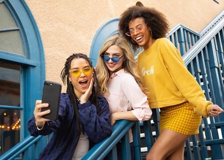 sociale media en influencermarketing: influencers blijven een efficiënte manier om jongeren te bereiken